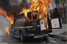 policevanfire
