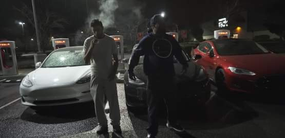 Tre Tesla